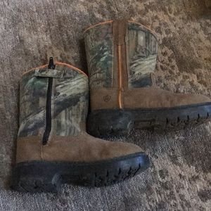 Other - Boys boots